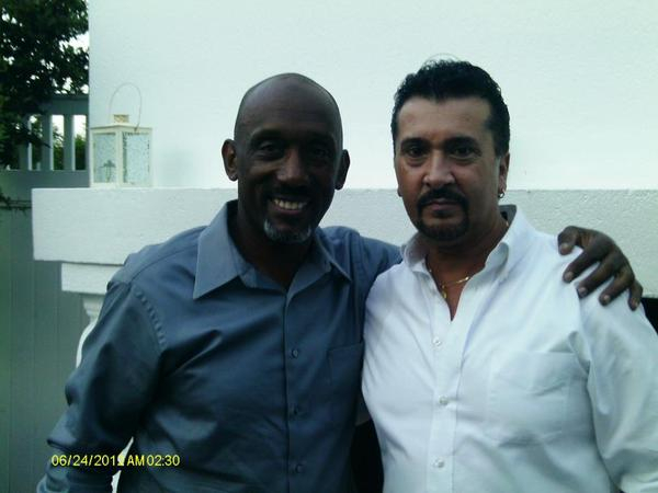 WITH RECORDING ARTIST AND SMOOTH JAZZ GUITARIST, THE GREAT TIM BOWMAN