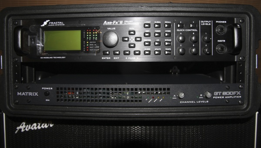 FRACTAL AUDIO, AXE FX 2 AND MATRIX GT 800 FX POWER AMPLIFIER