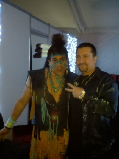 TAVARES AND VILLAGE PEOPLE CONCERT IN MEXICO CITY BACKSTAGE WITH FILLIPE THE ORIGINAL VILLAGE PEOPLE INDIAN