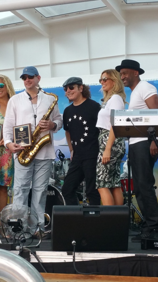 Winng with Boney James, Candy Dulfer, and Marcus Miller.