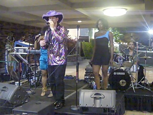 Jay Bee and band @Mardi Gras Casino on Disco Night