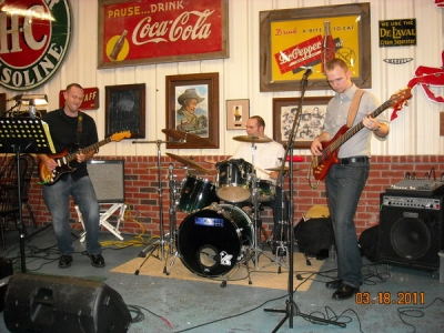 <p>BNB at Othies In Sealy Texas -- Check out our Schedule -- We will be back at Othies once a month starting in Sept 2011. The  Hamburgers and Steaks are out of this World !!!!!   Serving Ice Cold Shiner Bock along with all your f