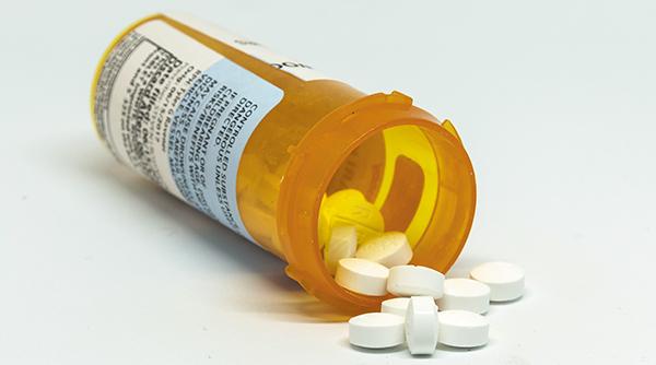 Medical Community Debates Addiction Treatment