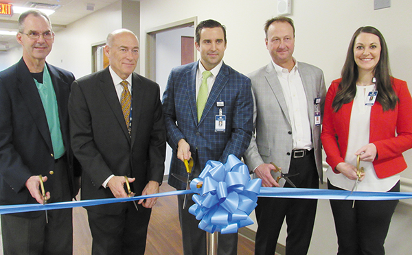 Grandview Holds Ribbon Cutting Ceremony for 12th Floor