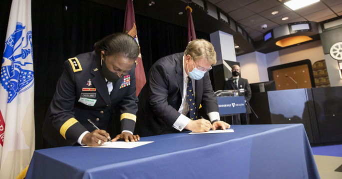 U.S. Army and Vanderbilt University Medical Center Formalize Trauma Training Program