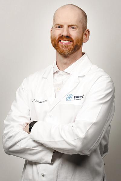 Orthopedic Surgeon Adam Smith, MD, Focusing on Recovery Times and Reducing Pain