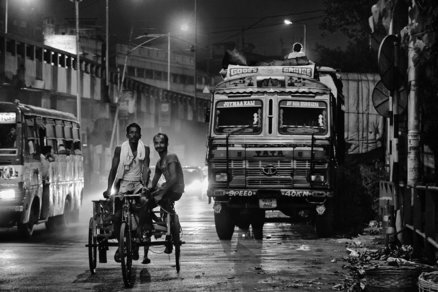 Morning rush  kolkata  india  2016