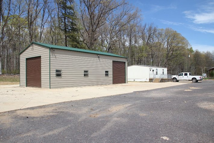 Bankruptcy: Shop, Office, Equip Shed on 3 Acres