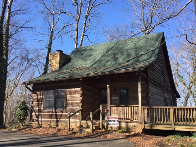 SOLD!! Auction Cancelled! Cabin on the Yadkin River in Davidson County, NC