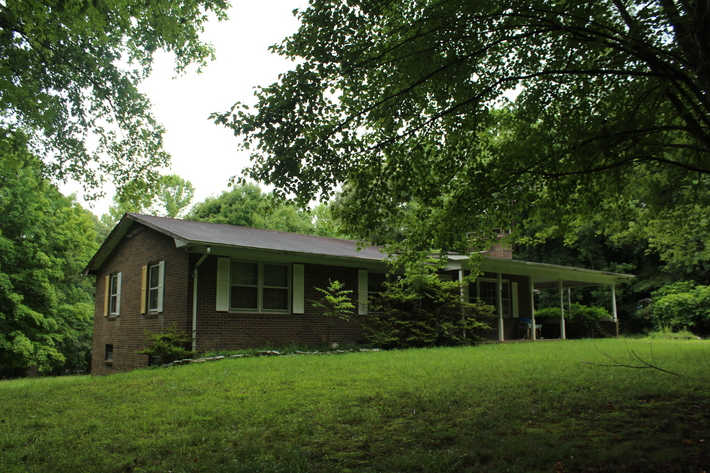Online Only - Brick Ranch on 2.65 Acres