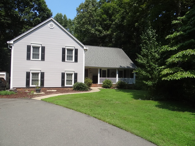 4 BR/3.5 BA Home on 1.2 +/- Acres in Bloomsbury--Spotsylvania County.  Sells to the Highest Bidder!!