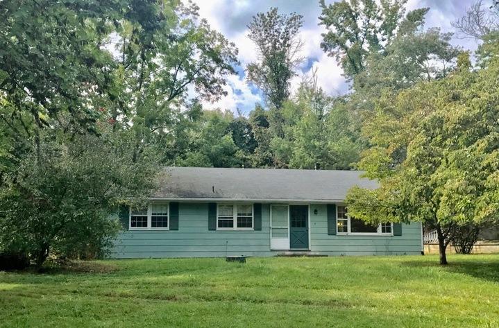 3 BR/1 BA Home on 2.3 +/- Acres in Loudoun County, VA