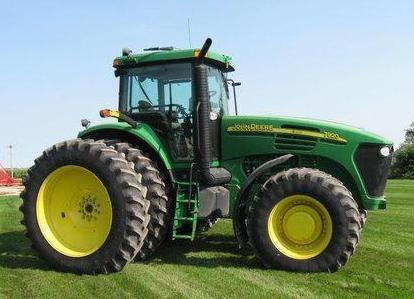 Exceptionally Clean Farm Machinery Auction