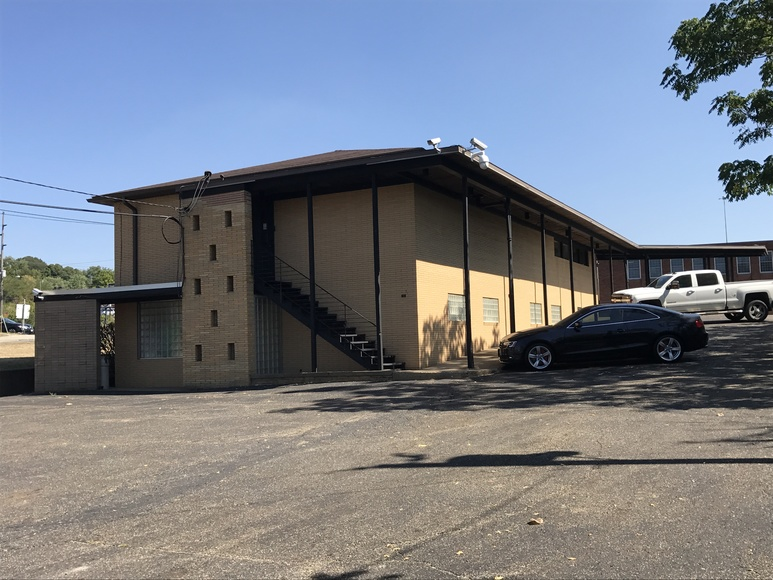ABSOLUTE COMMERCIAL OFFICE BUILDING AUCTION