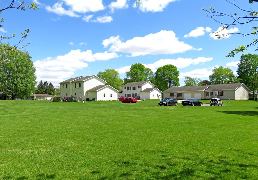 Four Duplex/Double Rental Homes on 17.24 Acres