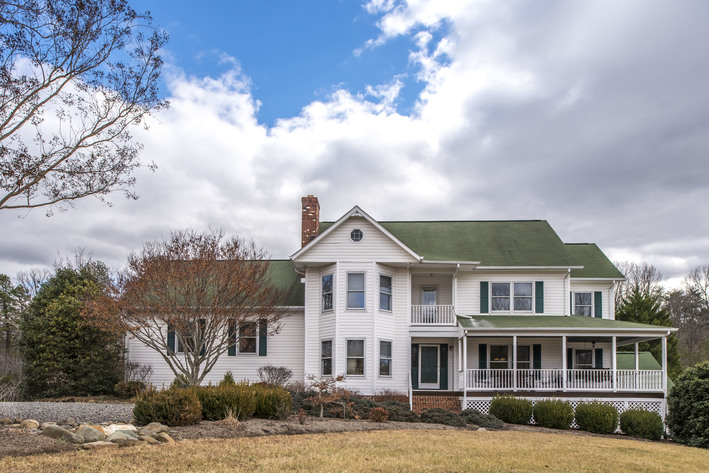 Gorgeous 3 BR/3.5 BA Home on 3.3 +/- Acres in Madison County, VA