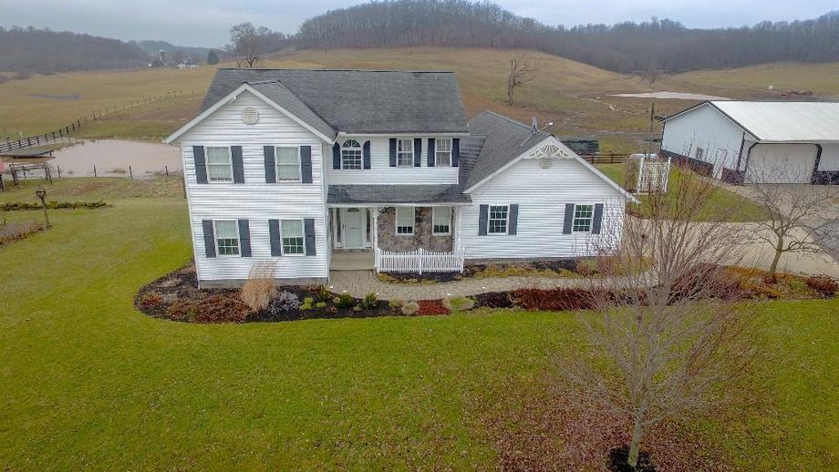 ABSOLUTE Guernsey Co Real Estate. SOLD for $624,157.60 | 5 Buyers