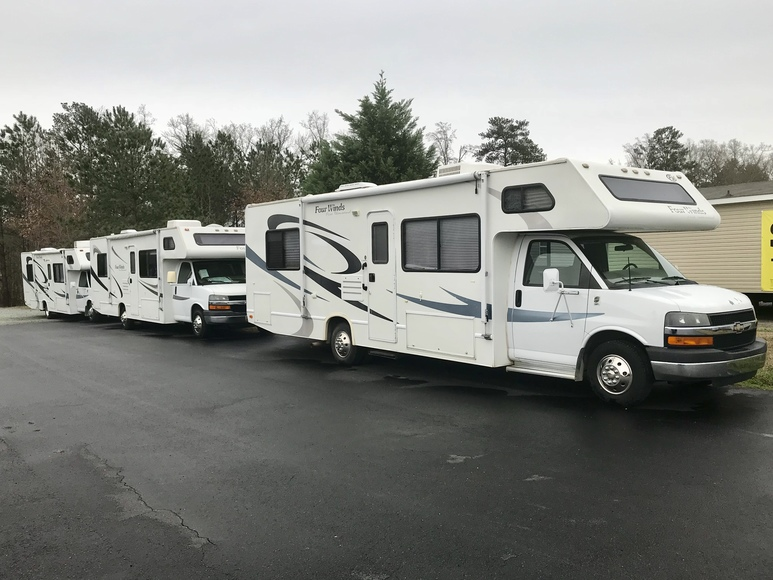 Four Winds RVs, Cars, Semi Trailers, Truck Parts, Office Furniture & Pneumatic Fittings