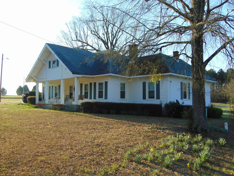 2.04+/- Acres w/ House in Anson County, NC