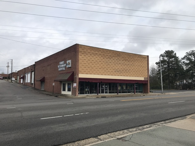 Foreclosure Auction of Commercial Building and Lot in Sanford, NC