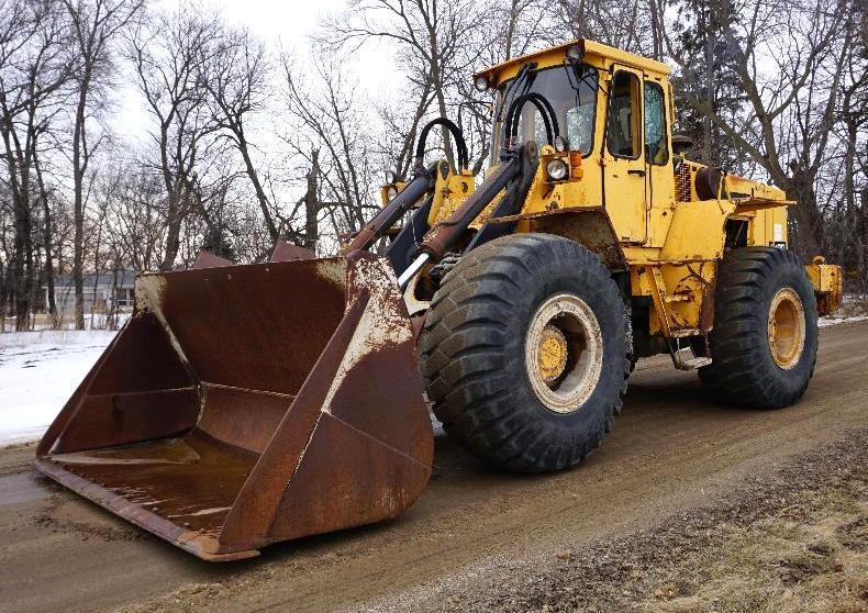 Heavy Haul Trailers, Forklifts & Michigan L120 Loader