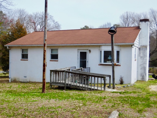 Image for 2 BR/1 BA Home w/30' x 40' Shop on 1.3 +/- Acres in Colonial Beach, VA--Sells to the Highest Bidder!!