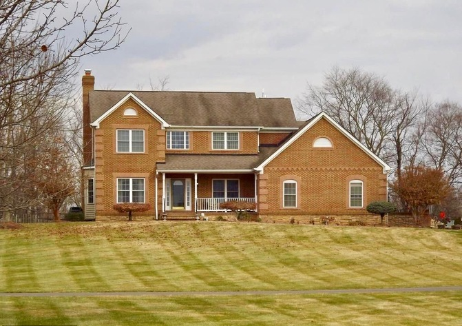 Custom 4 BR/5 BA Home on 7.9 +/- Acres w/Shop in Brenridge Development--Culpeper County, VA