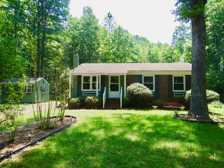 Featured Image for Clean 2 BR/1 BA Home on 2.1 +/- Acres in Caroline County, VA--This Home Will be SOLD to the Highest Bidder!!