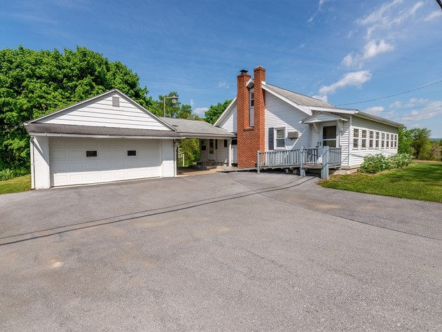 Real Estate Auction - Country Setting in Annville, PA