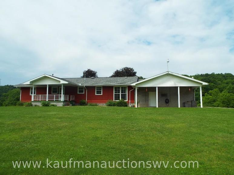 Bragg's 40 +/- Acre Farm & Equipment Auction