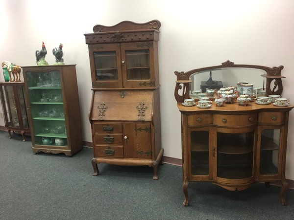 Exquisite Antique Auction!