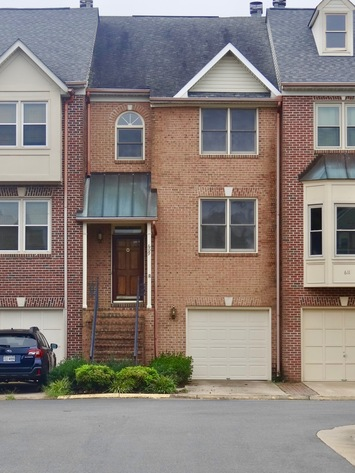 3 BR/3.5 BA Town House w/Garage in Chatham Landing (Stafford County, VA)--Sells to the Highest Bidder!!