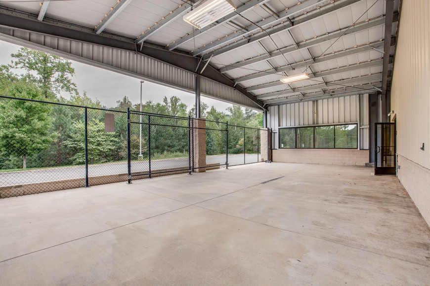 Featured Image for 29,000 +/- sf. Industrial/Commercial Building on 12.45 +/- Acres--Fronting Rts 1 & 207 and less than 1 mile from I-95 Exit!!