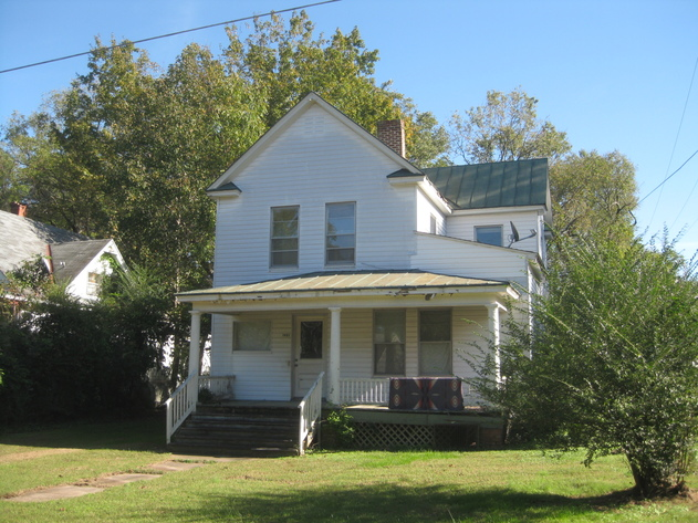 2,000 +/- sf. 4 BR/2 BA Investment Property--To Be Confirmed by Court!!  ONLINE ONLY BIDDING!!