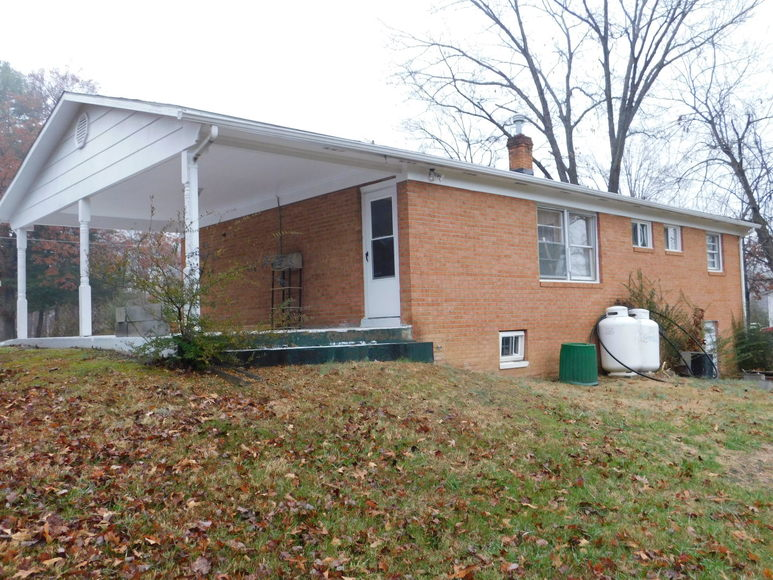 Featured Image for 3 BR/1.5 BA Move-In Ready Brick Home w/Basement on 1.35 +/- Acres in Culpeper County, VA