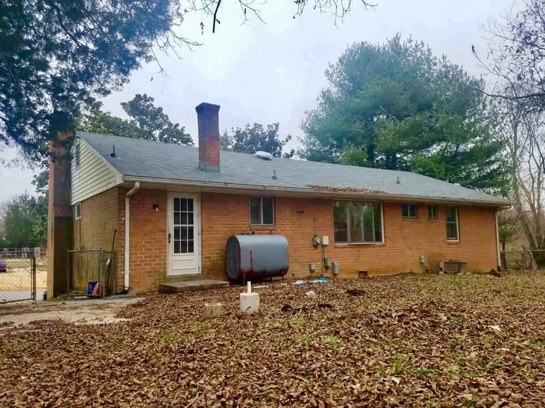 Featured Image for Well Built 3 BR/2 BA Brick Home Conveniently Located in Spring Meadows (Hanover County, VA)---ONLINE ONLY BIDDING!!