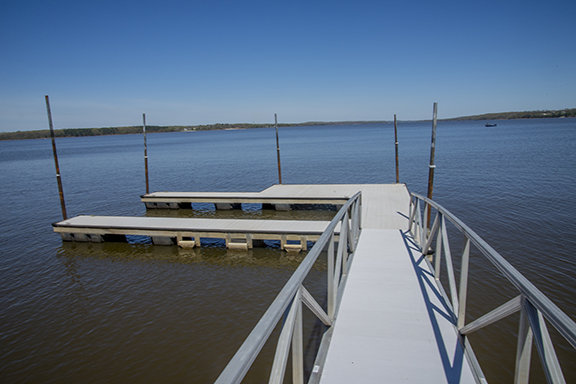 Custom home on Kentucky Lake! Waterfront living, spectacular views!