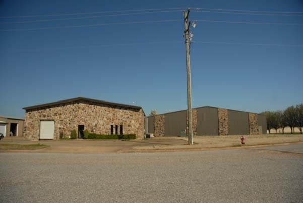 Two Commercial Buildings Selling On-Site In Olive Branch, MS!