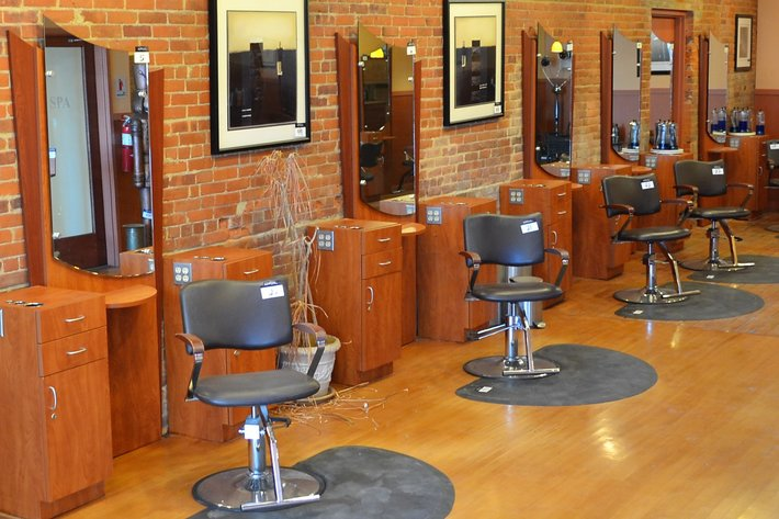 High End Salon & Spa Equipment