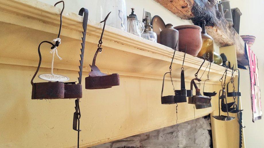 Alderfer Online - Ottsville, PA Part 1: 3-14-19 | Features Hepplewhite Slant Front Desk, Skeleton Clock, Coverlets, Mechanical Banks, Primitives, Wrought Iron & More!