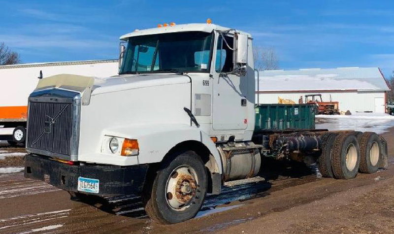 1997 Volvo WCA64T Long Double Frame
