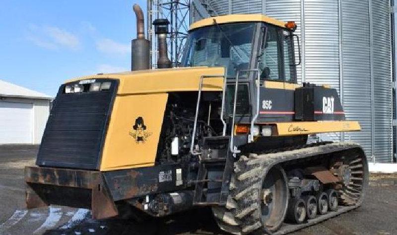 Cat 85C Challenger & 2010 Kenworth T660 Tractor