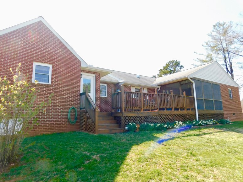 Featured Image for Well built 2 BR/2 BA Brick Home on .83 +/- Acres w/Detached Double Bay Garage/Workshop in Orange County, VA