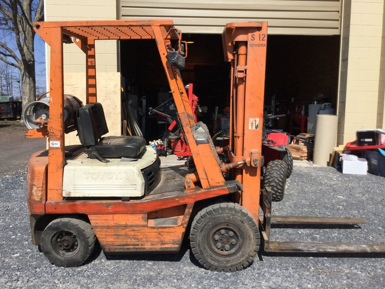 Alderfer Online - Souderton, PA: 4-22-19 | Contents of Garage Including Toyota Fork Lift, Utility Trailer, Craftsman Tools, Power Tools, Utility Shelving, Garage Contents & More!