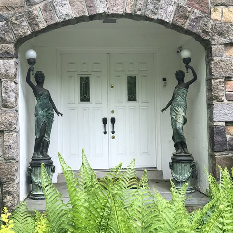 Alderfer Online - New Hope, PA Part 2: 5-29-19 | Featuring Bronze Garden Statues, Designer Handbags, 1888 Alpine Safe Co. Safe, Slot Machines & More!