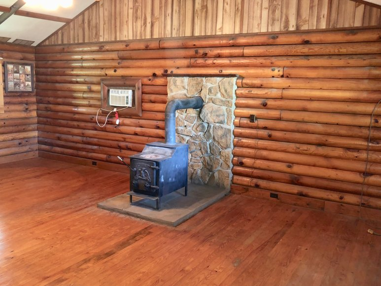 Featured Image for 2 BR/1 BA Log Home on 2 +/- Acres in Augusta County, VA--ONLINE ONLY BIDDING!!