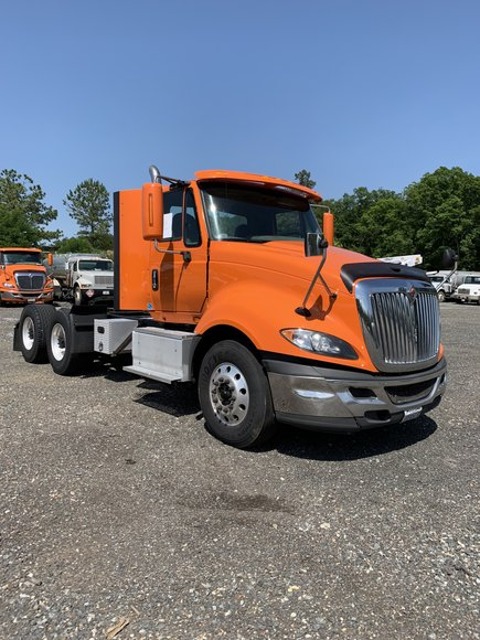 Online Only ~ Propane, Gas & Oil Tankers & Road Tractors