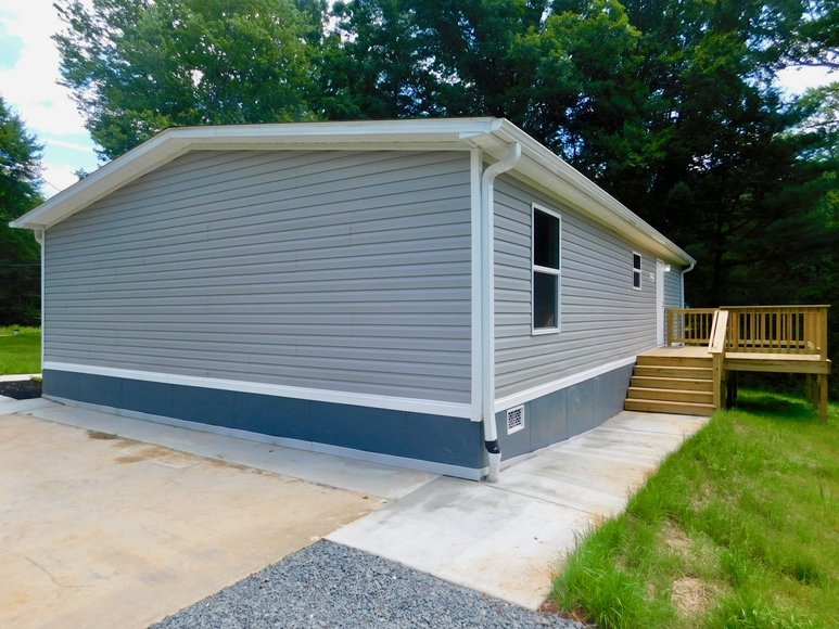 Featured Image for New 3 BR/2 BA Clayton Home on 4.6 +/- Acres in Orange, VA--ONLINE ONLY BIDDING!!