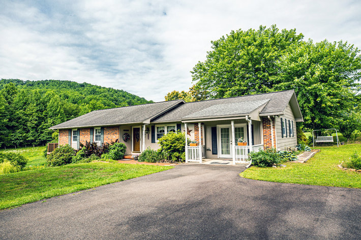 4 BR/3 BA Home w/Finished Walk-Out Basement & Stunning Mountain Views on 2 +/- Acres