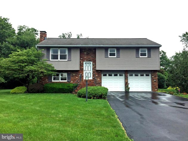 31 Valley Drive - Annville, PA